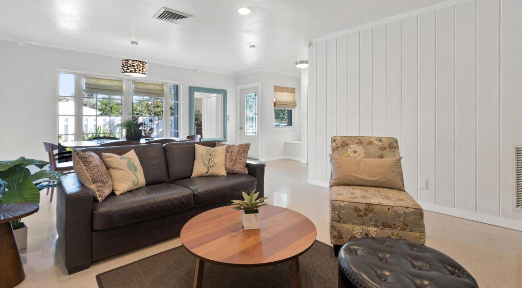 Beautiful Beach Villa – Red Reef Realty